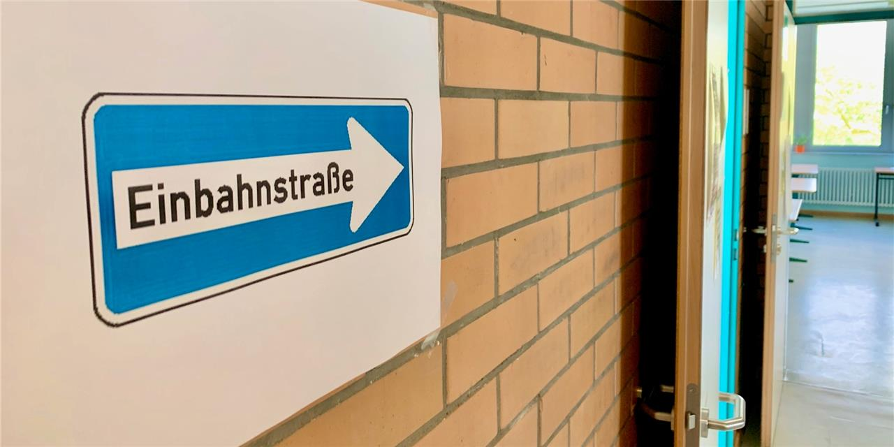 Maskenpflicht, Kontrollen und Einbahnstraßen an Dortmunder Gymnasium