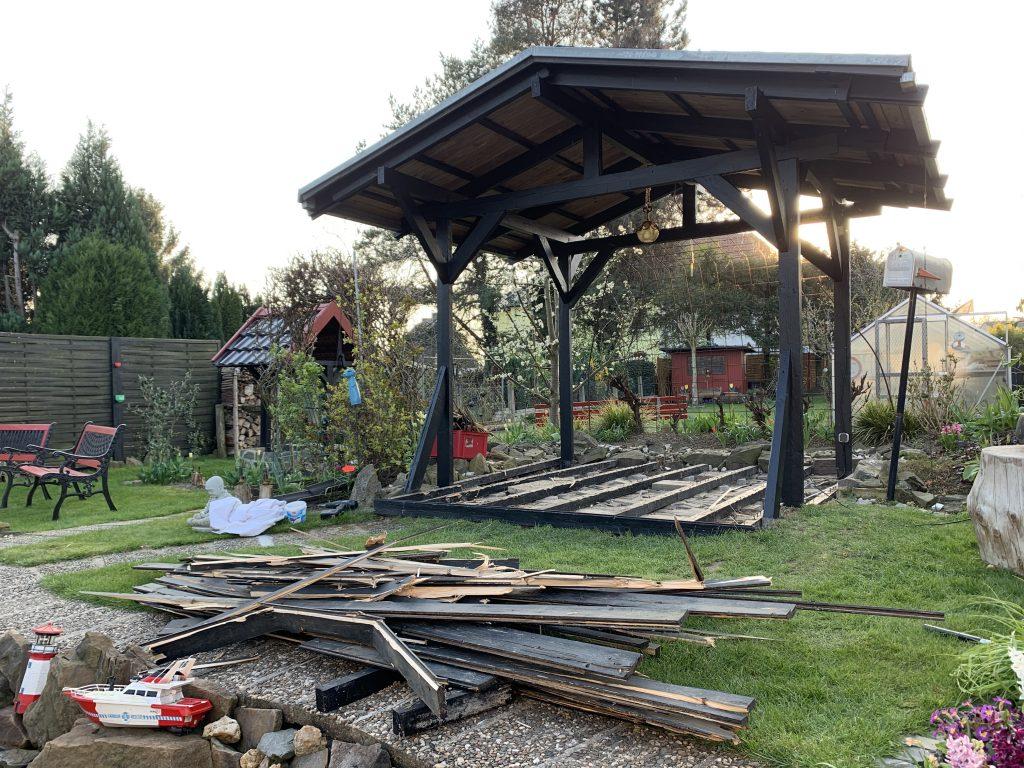 Bauarbeiten im Garten