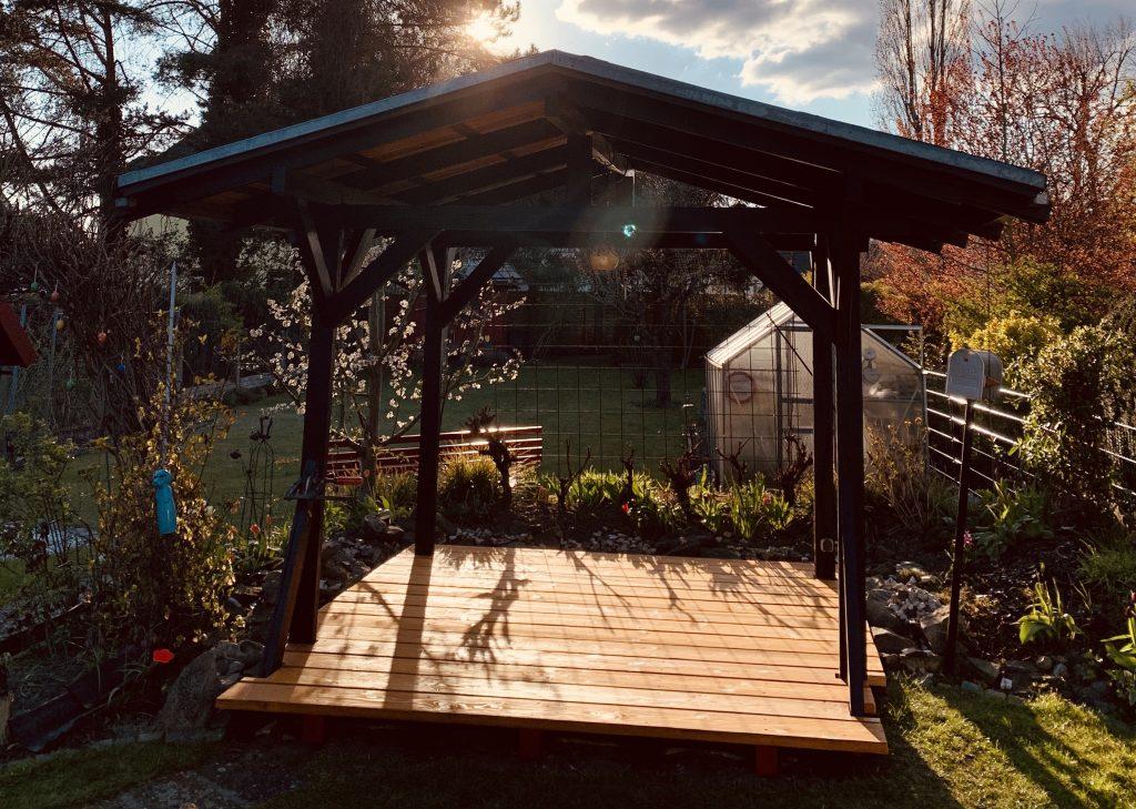 neuer Boden im Garten